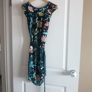 Floral dress with tie waist